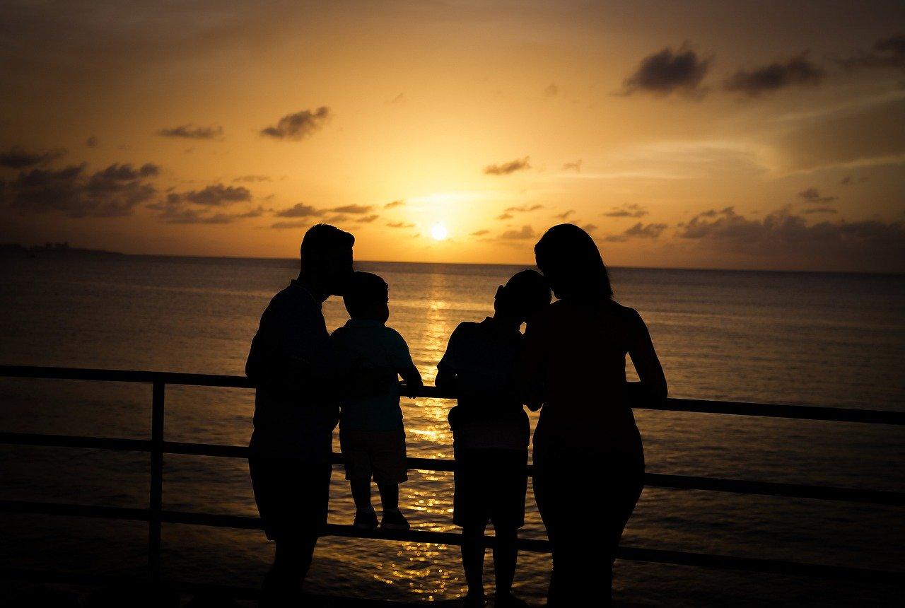 浮気をする男の特徴とそのタイミングは実に意外!妻が妊娠中でも家庭が幸せでも関係なし?
