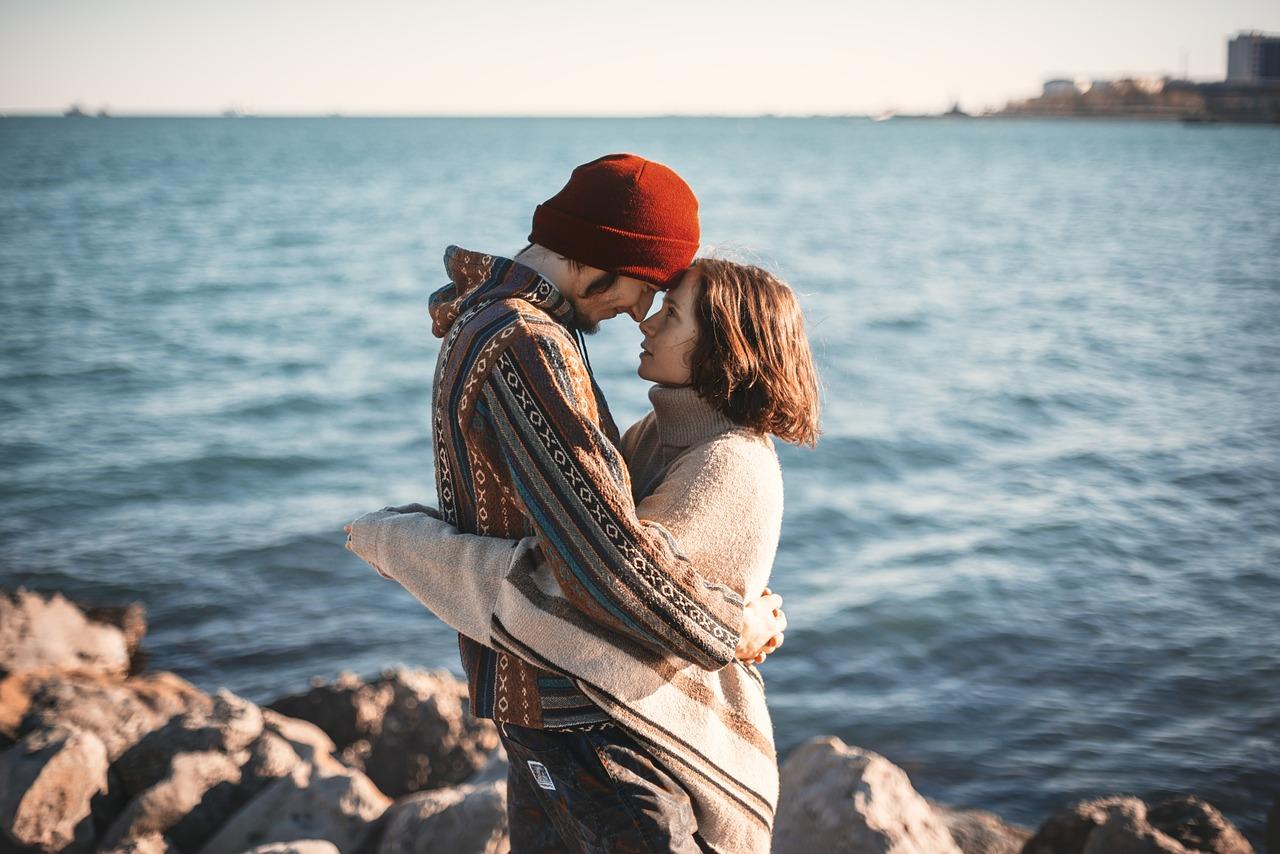 長く続くカップルは倦怠期をこうやって防いでる!【原因と克服法】