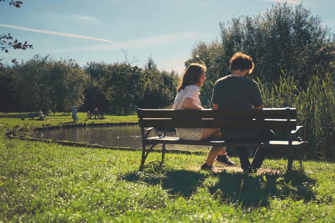 """愛に飢えてガツガツしている女ほど愛を得られない理由とは?男が苦手な""""愛の押し売り"""""""